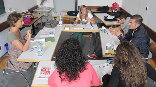 Katja Parmar teaching a class in Freiburg